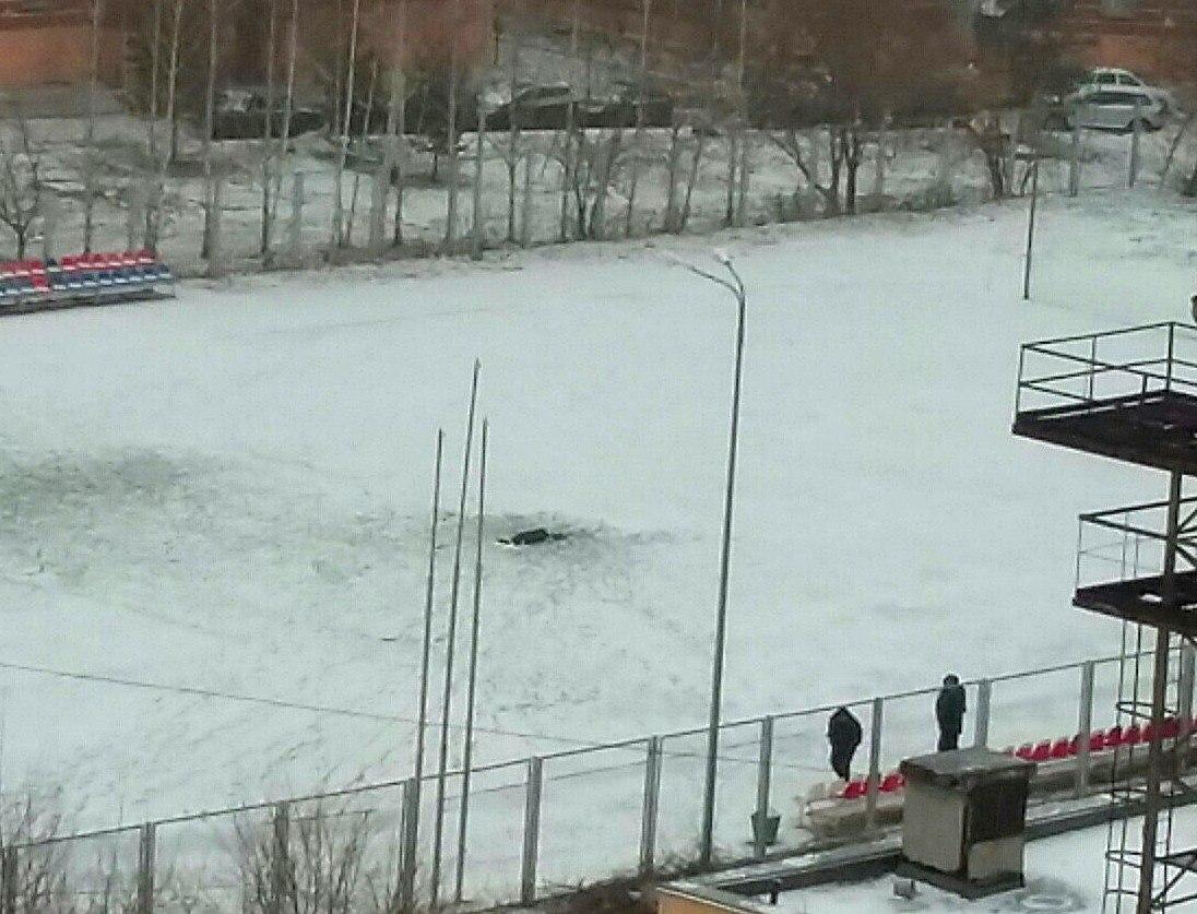 ВСаранске ученический педагог скончался нафутбольном поле