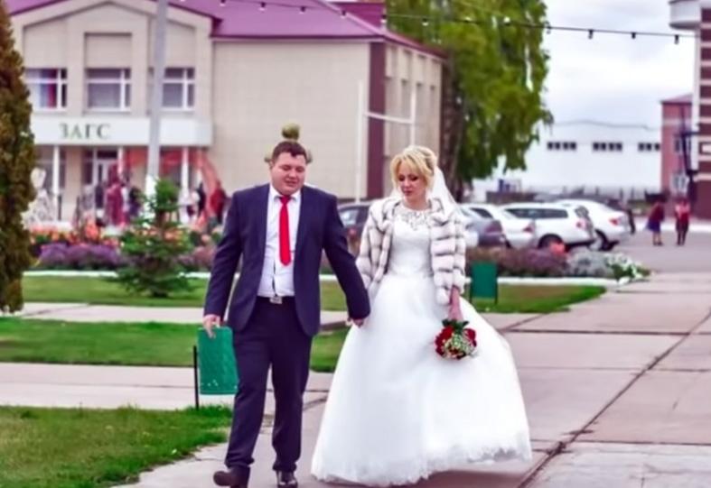 Корнелия Манго усиленно худеет к свадьбе